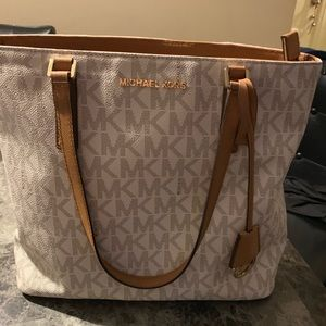 Michael Kors purse and wallet/wristlet